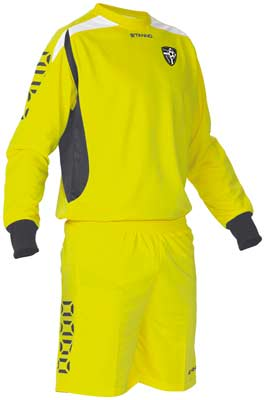 Stanno Sunderland goalkeepers kit yellow